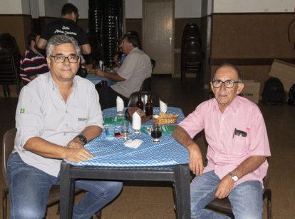 O produtor Ronaldo Donati e o gerente da operação, Agenor Reis, falaram com a Revista Canavieiros sobre a escolha de variedades de cana